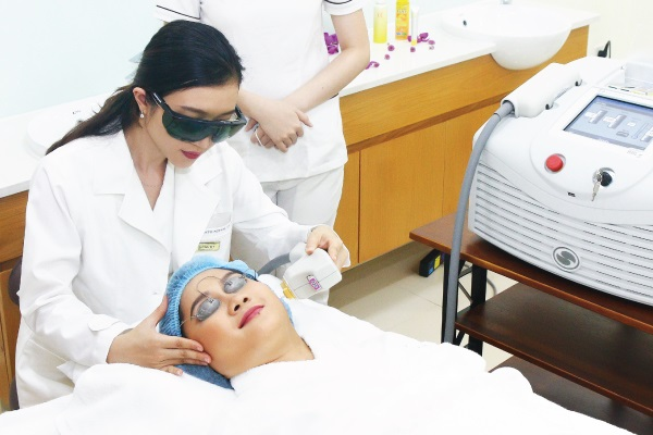 ADVANCED REJUVENATION (BBL OR LASER Q-SWITCHED)